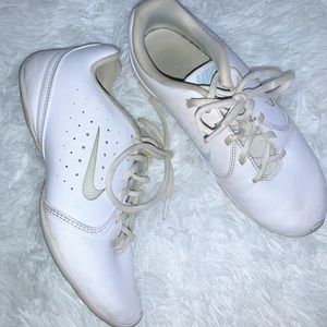 Nike Non-marking White Cheer Shoes size 6.5